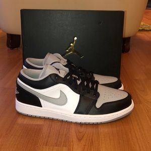 Air Jordan 1 Low Shadow Size 10.5
